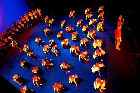 global_art_in_theater_blauwe_tinten_(1).JPG